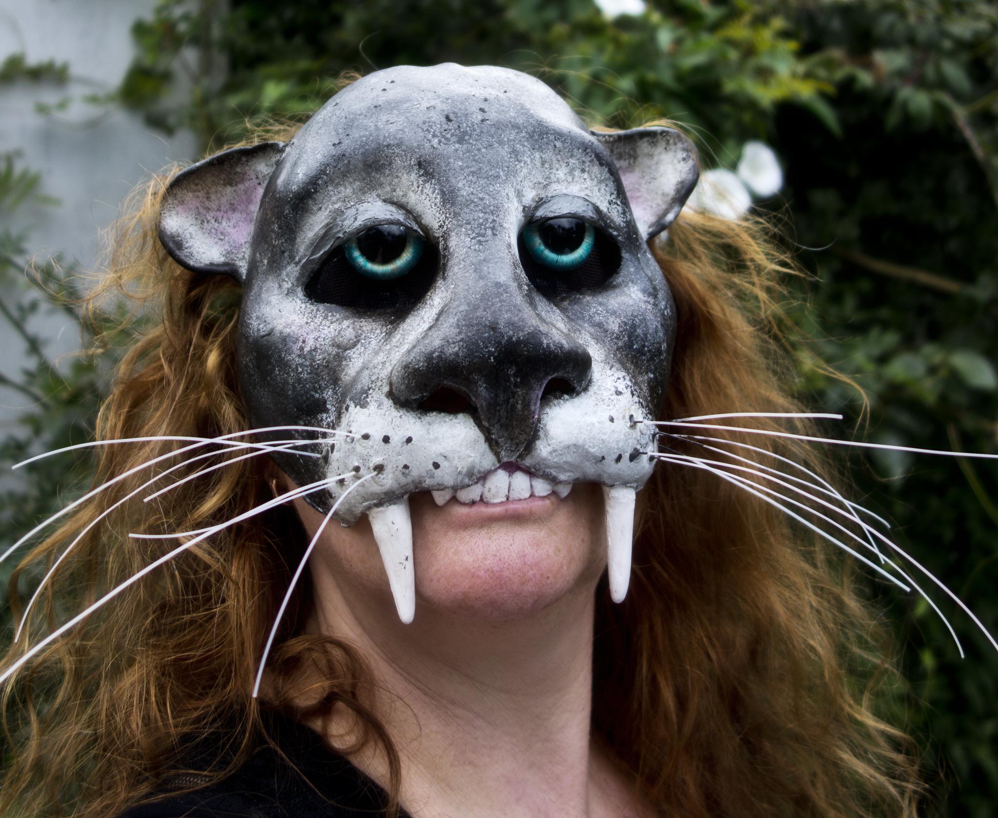 Jaguar half mask